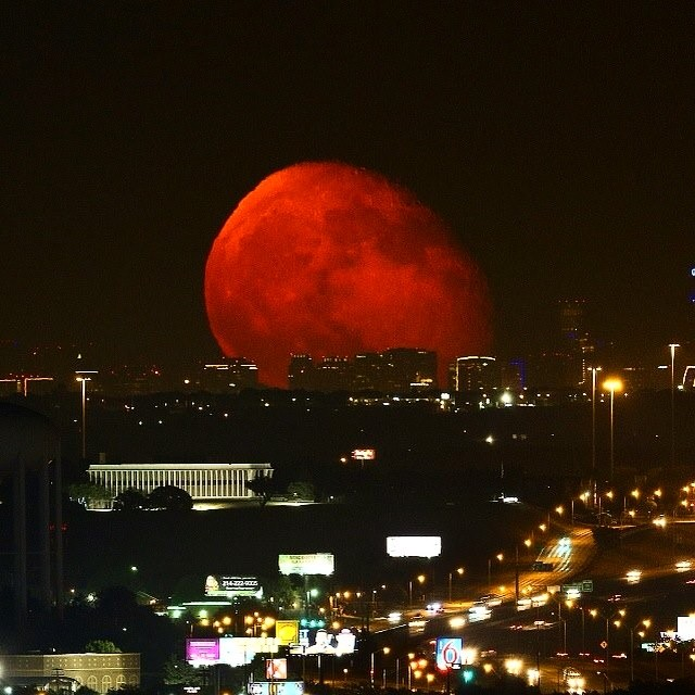 Blood moon over Dallas