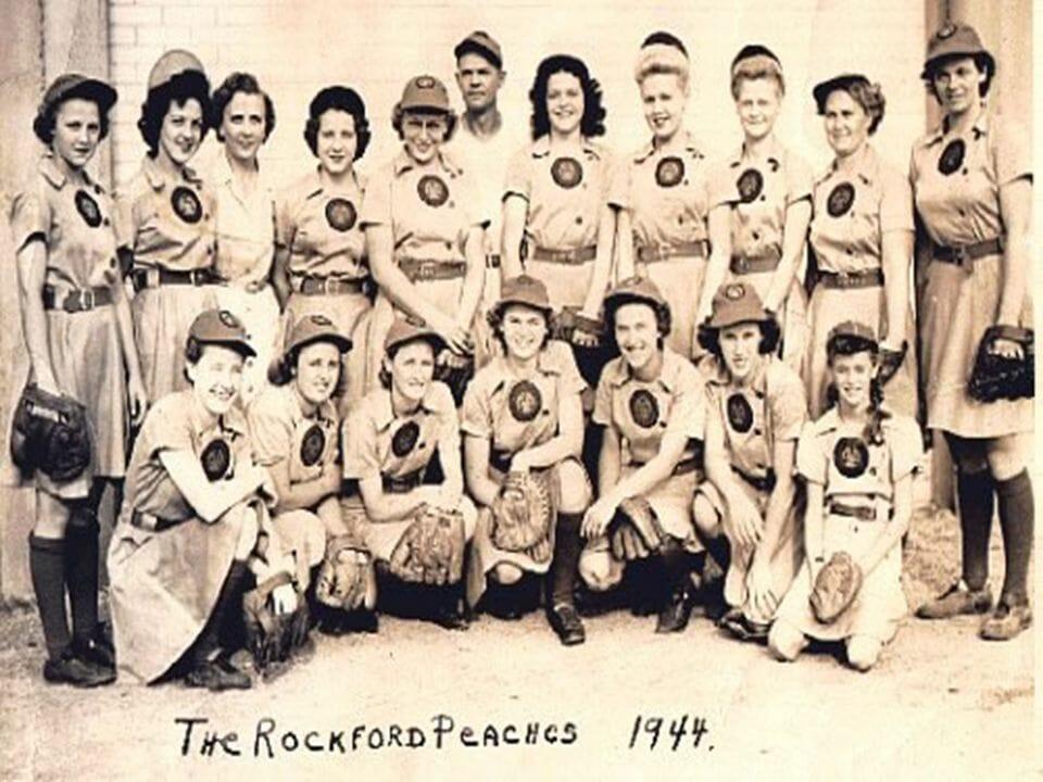 The Rockford Peaches - 1944